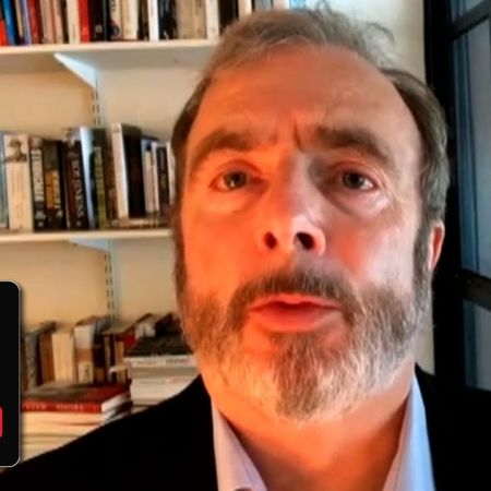"""Peter Hitchens: """"A political crisis is coming"""" 