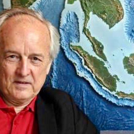 Sea Level Expert Nils-Axel Mörner Debunks Man Made Climate Change | Alan Jones